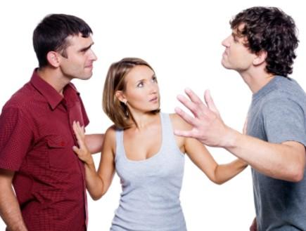 одна женщина и двое мужчин фото
